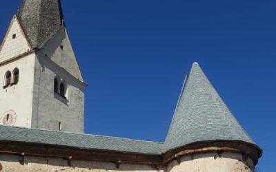 Kath. Pfarrkirche Diex Neueindeckung Wehrmauer mit Naturstein